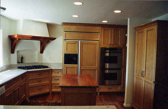 Maple and Honduras Mahogany Kitchen