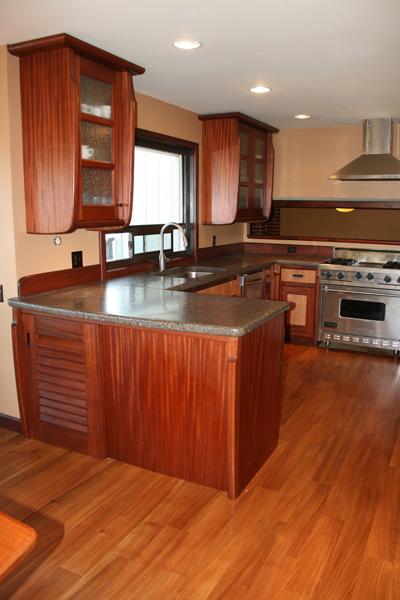Ribbon Mahogany and Eucalyptus Kitchen - Luedecke Woodworks
